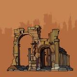 Arcos de desintegração antigos da pedra com colunas Imagens de Stock