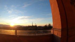 Arcos de la puesta del sol de San Luca de los di de Madonna almacen de video