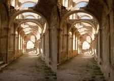 Arcos de piedra en el monasterio abandonado de Rioseco Fotografía de archivo libre de regalías