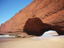 Arcos de piedra en la playa de Legzira Fotografía de archivo