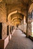 Arcos do museu de Hampi fotos de stock royalty free