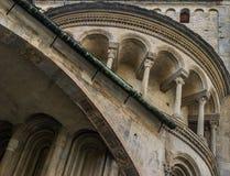 Arcos em uma igreja velha Fotografia de Stock