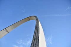 Arcos en el cielo imagenes de archivo