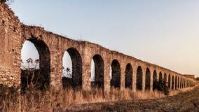 Arcos en Italia imágenes de archivo libres de regalías