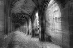 Arcos en la universidad de San Juan imagen de archivo libre de regalías