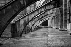 Arcos en Notre Dame Foto de archivo libre de regalías
