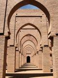 Arcos en una mezquita Imagen de archivo libre de regalías