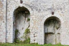 Arcos redondos de un castillo Foto de archivo