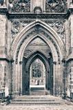 Arcos viejos de la iglesia Fotos de archivo libres de regalías