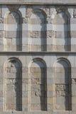 Arcs d'une église Photographie stock libre de droits