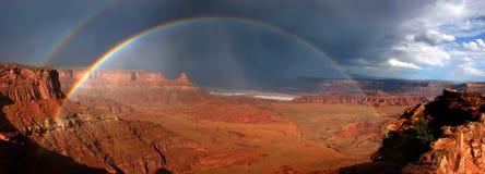 Arcs-en-ciel de Canyonlands image libre de droits