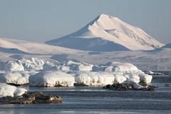 Arctic landscape, glaciers and mountains. Spitsbergen Royalty Free Stock Images