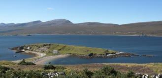 Ard Neakie i fjorden Eriboll, Skottland arkivfoto