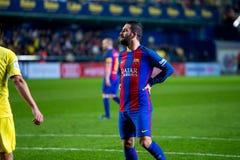 Arda Turan joue à la correspondance de Liga de La entre le Villarreal CF et le FC Barcelona photos libres de droits
