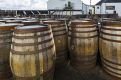 Ardbeg-Whisky-Brennerei ` s im Jahre 1815 hergestellt, Islay, Schottland Lizenzfreie Stockfotografie