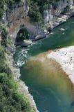 ardeche法国用浆划的河 库存照片