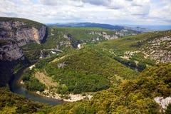 ardeche κάμψτε τον ποταμό φαραγγ&i Στοκ Εικόνες