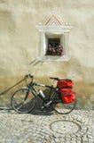 Ardez, χαρακτηριστικό χωριό σε Engadine Στοκ Εικόνες