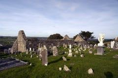 01.09.2013 - Ardmore圆的塔和大教堂。 库存照片