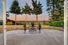 Area del patio con la vista scenica durante il tramonto Fotografia Stock Libera da Diritti