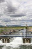 Area della cateratta al canale enorme di irrigazione, Estremadura, Spagna Immagini Stock Libere da Diritti