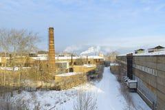 Area della fabbrica, il tubo di fumo, inquinamento Fotografia Stock Libera da Diritti