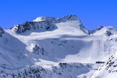 Area dello sci sul ghiacciaio di Rettenbach, Solden, Austria Fotografia Stock