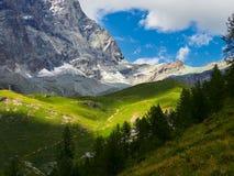 Area di Cervinia - montagna di punta del Cervino, Italia Immagine Stock Libera da Diritti