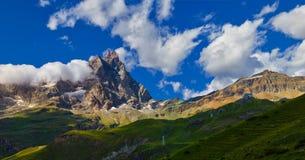 Area di Cervinia - montagna di punta del Cervino, Italia Immagine Stock