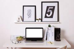 Area di lavoro creativa moderna Fotografia Stock