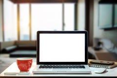 Area di lavoro di vista frontale con il concetto del computer fotografia stock