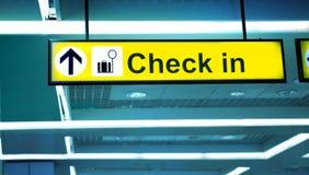 Area di registrazione dell'aeroporto, Fotografia Stock Libera da Diritti