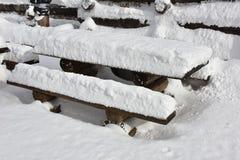 Area di riposo sotto neve Immagine Stock