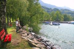Area di riposo sul lago svizzero fotografia stock libera da diritti