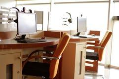 Area di servizio commerciale del cybercaffè Fotografia Stock Libera da Diritti