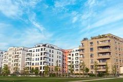 Area di sviluppo con le case moderne Fotografie Stock Libere da Diritti