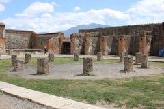 Area interna del giardino romano antico a Pompei, Italia Immagine Stock Libera da Diritti