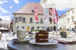 Area pedonale nel centro urbano di Moedling - il Niederösterreich Fotografia Stock Libera da Diritti
