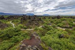 Area turistica di Dimmu Borgir Lavafeld nell'est del lago Mytavn in Islanda del Nord fotografie stock