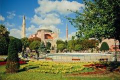 Area verde intorno a Hagia Sophia Immagine Stock