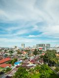 Areal cityscape av den Balikpapan staden Arkivbilder