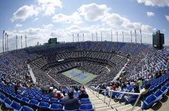 Areal sikt av Arthur Ashe Stadium på Billie Jean King National Tennis Center under US Open 2013 arkivfoton