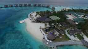 Areal sikt av den Maldiverna semesterorten Royaltyfri Foto