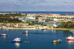 Areal widok samiec i Trans Maldivian lotnisko Zdjęcia Stock