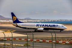 ARECIFE,西班牙- 2017年4月, 15 :瑞安航空公司波音737-800与 库存图片