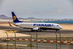 ARECIFE,西班牙- 2017年4月, 15 :瑞安航空公司波音737-800与 库存照片