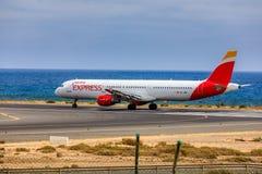 ARECIFE,西班牙- 2017年4月, 15 :空中客车古西班牙A321有的 库存照片
