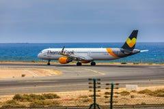ARECIFE,西班牙- 2017年4月, 15 :空中客车托马斯厨师A321与 图库摄影
