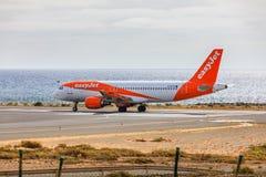 ARECIFE,西班牙- 2017年4月, 15 :空中客车A320 - 200 easyjet关于 免版税库存照片
