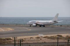ARECIFE,西班牙- 2017年4月, 15 :COBREX Tran波音737-300  免版税图库摄影